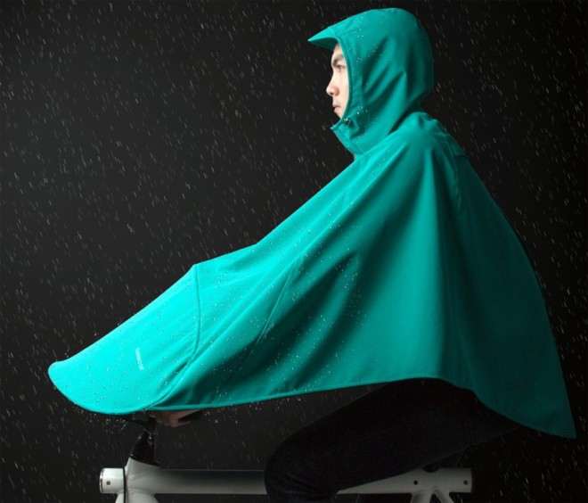 Boncho, the rain cape for your bike!